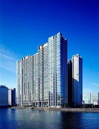 「ワールドシティタワーズ」は3棟からなる2090戸の超高層タワー(写真提供:住友不動産)