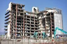 a築30年以上の築古中古マンションは、管理費や修繕費の滞納金と建て替え問題に注意!