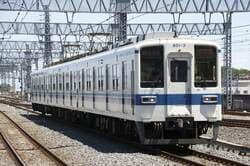 東武伊勢崎線の車両