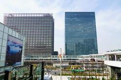 りんかい線の乗り入れで、駅前の再開発が進んだ大崎駅前
