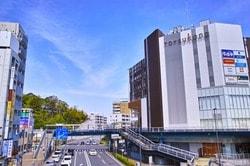 戸塚駅西口