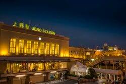 上野駅 夜景(出典:PIXTA)