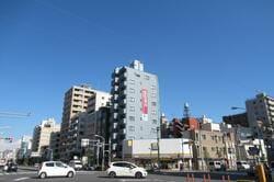 本所吾妻橋駅周辺の街並み(出典:PIXTA)