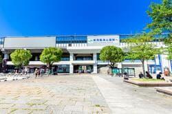 東京 葛西臨海公園駅 駅前広場(出典:PIXTA)