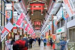 天神橋筋商店街(出所:PIXTA)