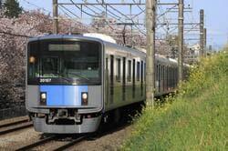 東村山市を走る西武新宿線
