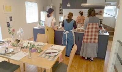 自宅のキッチンは大きめにした