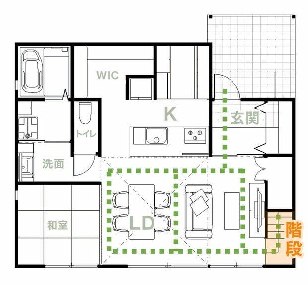 リビング階段の間取りの例。2階に行くのにテレビやソファ、テーブル横を通らなければならない。