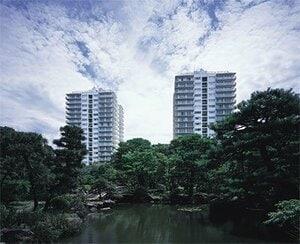 「三田綱町パークマンション」のキャッチフレーズは「空に住まう」 (写真提供:三井不動産)