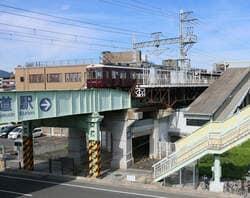 阪急今津線阪神国道駅周辺(出典:PIXTA)