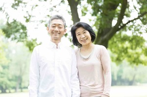 住宅ローンの借り換えを検討している夫婦